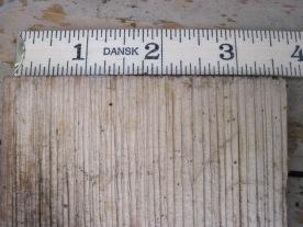 Det var i snitt ca 2 mm breie årringer på spona.