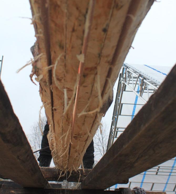 Undersiden av stokken etter saginga